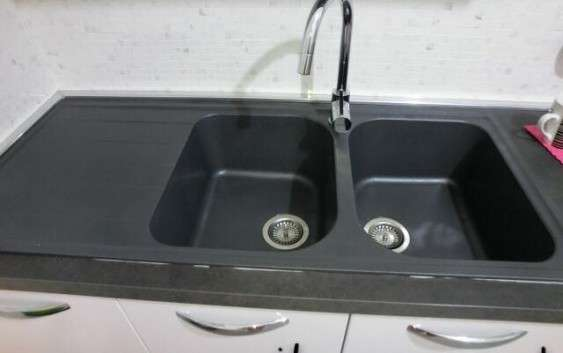 Come scegliere un lavabo e rubinetto da cucina