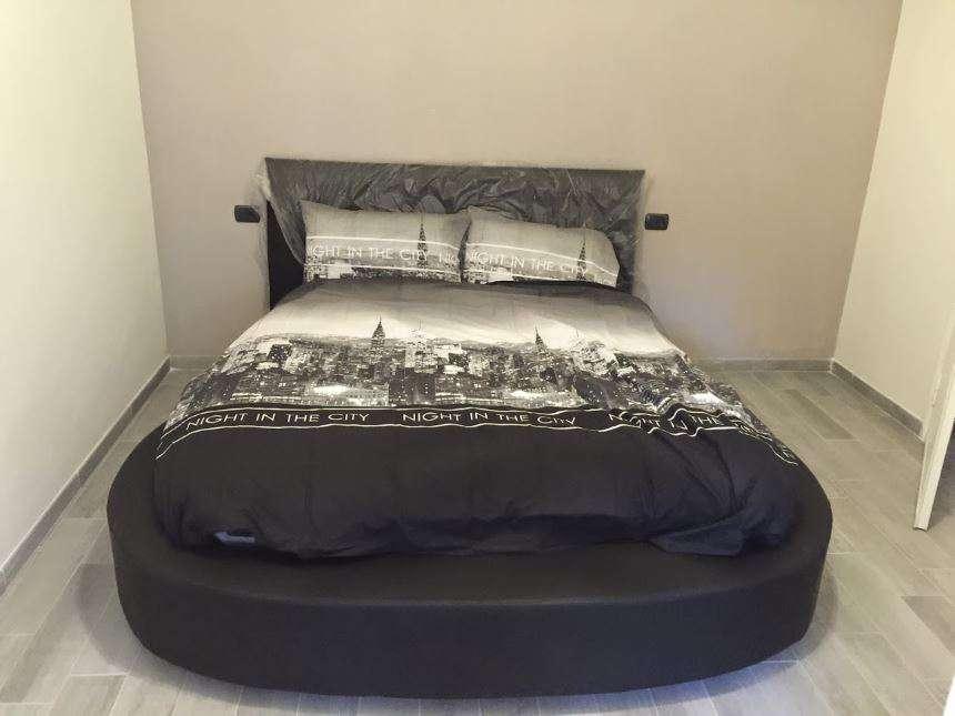 Casa moderna roma italy letto tondo - Misure letto rotondo ...