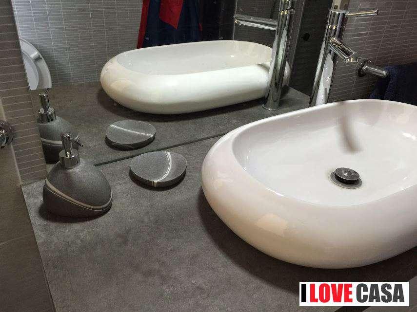 Mobile da bagno moderno componibile con vaschetta ceramica