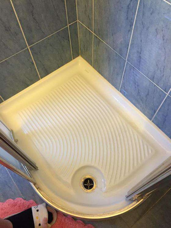 Come fare piatto box doccia ceramica o mosaico in bagno - Come fare per andare in bagno ...