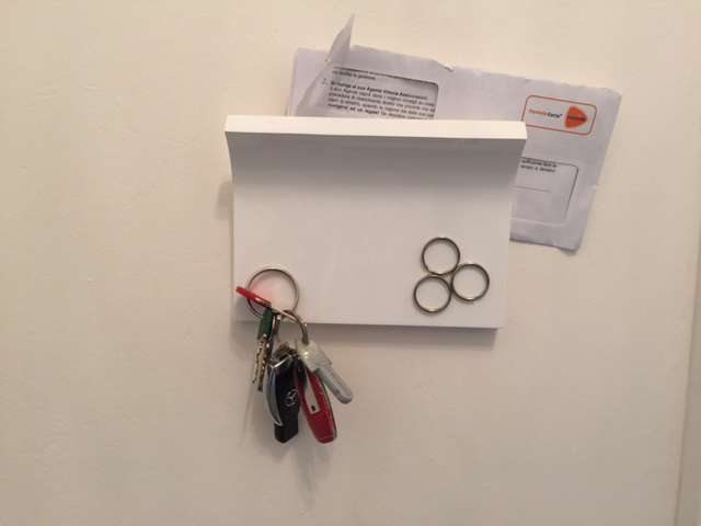 Portachiavi e portalettere per ingresso di casa umbra con calamita - Portachiavi da parete design ...