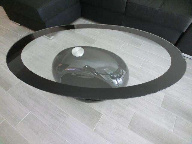 Tavolino moderno design per soggiorno basso ovale for Tavolino salotto moderno vetro design bianco ovale