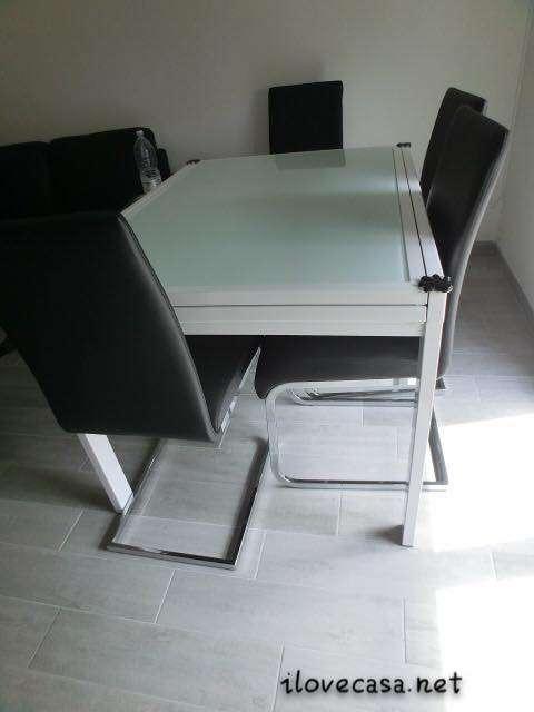 Tavolo allungabile e sedie moderne da mettere in soggiorno - Tavolo vetro allungabile mondo convenienza ...