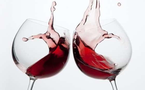 Bicchieri da vino grandi o piccoli? Quali sono meglio da comprare?