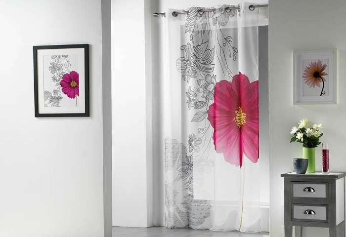 Tende per interni casa moderne classiche oscuranti a rullo quali comprare - Tende classiche per bagno ...