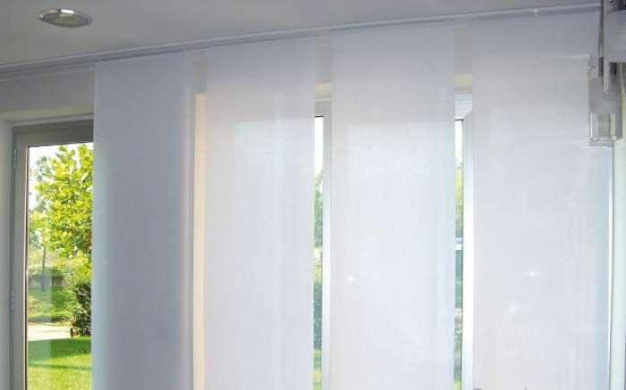 Tende per interni casa moderne classiche oscuranti a rullo quali comprare - Tessuti tende ikea ...