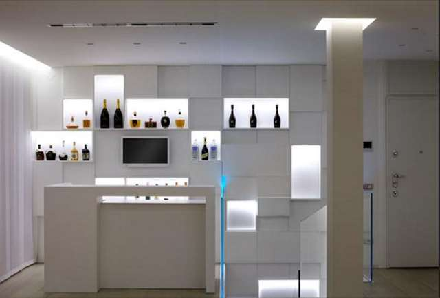 Come arredare una sala stanza hobby biliardo bar casa - Mobili bar da casa ...