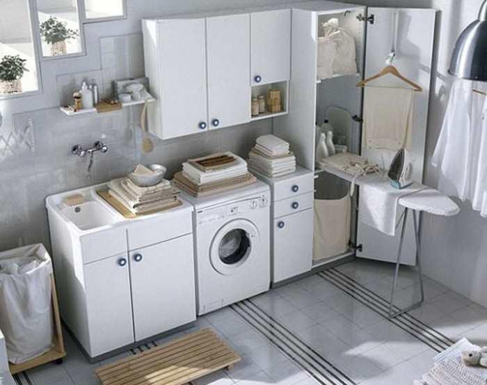 come arredare bagno lavanderia piccolo mobile lavandino mensole - Arredo Bagno Lavanderia Casa