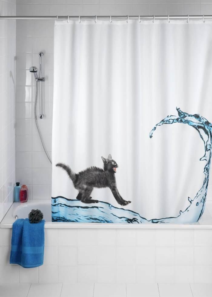 tenda vasca bagno con gatto