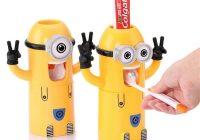 Porta dentifricio con dosatore automatico e spazzolini, un accessorio sottovalutato